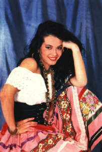 Coraima Torres photo from the drama series Kassandra wearing gypsy clothes
