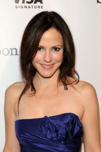 Mary Louise Parker attends Mariska Hargitays Joyful Heart Foundation dinner at the Bon Appetit Supper Club and Cafe on September 26th 2009 in New York 2