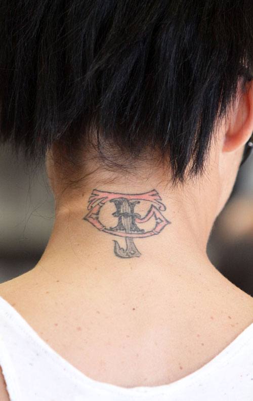 Girl Tattoos On Back of Neck