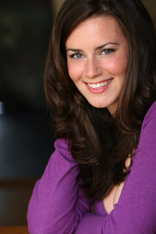 Vote for this picture Katie Featherston dekstop wallpaper