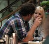 Anna Faris and her boyfriend Chris Pratt spotted eating lunch together yesterday