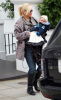 Gwen Stefani takes her young son Zuma out for lunch at asian restaurant Wagamamas in central London on February 12th 2009 1