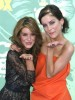 Jessica Stroup and Shenae Grimes attend The 2008 Teen Choice Awards on August 3rd 2008 3