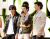Jonas Brothers arrive at Nickelodeon's 2009 Kids Choice Awards