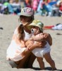 Alessandra Ambrosio picture playing with her daughter Anja at Malibu beach on July 16th 2009 5