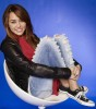 Miley Cyrus latest December 2009 Photoshoot in Casual Wear 10