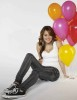Miley Cyrus latest December 2009 Photoshoot in Casual Wear 3