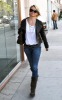 Michelle Pfeiffer spotted walking with a new short haircut in Beverly Hills on January 7th 2010 4