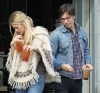 Drew Barrymore and Justin Long seen on January 29th 2010 while shopping together in Los Feliz California 6