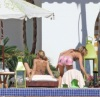 Sheryl Crowe with Jennifer Aniston spotted at the pool side with friends during Jens 41st birthday on February 5th 2010 in Cabo San Lucas Mexico 3