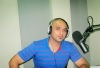 new photo of efrem salameh at rotana style radio station for an interview live 1