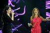 the last prime of star academy 8 on July 15th 2011 photo of Najwa Karam and Sara Farah singing together